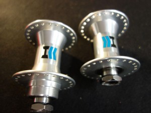 HARO MEGA HUB SET 48 holes female axles 14mm sealed bearings silver NIB