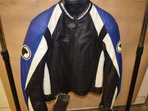 BERING OCTANE leather motorcycle Jacket waterproof windproof breathable Size Medium black/blue/white NOS