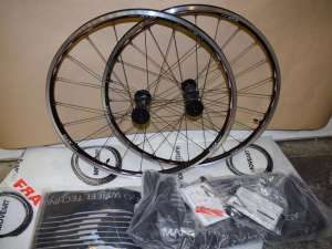 SHIMANO XTR WH-M970 wheel set 26'' MTB 20/24 hole Rim Brake 9 speed Tubeless NIB