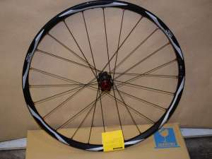 SHIMANO DEORE XT WH-M778 front wheel 26'' 24 hole E-THRU AXLE clincher Tubuless